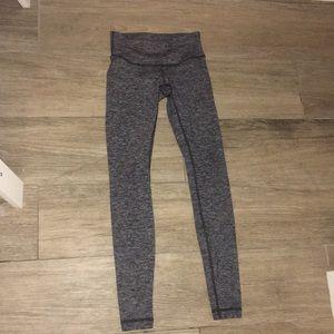 Grey low waisted Lululemon leggings !